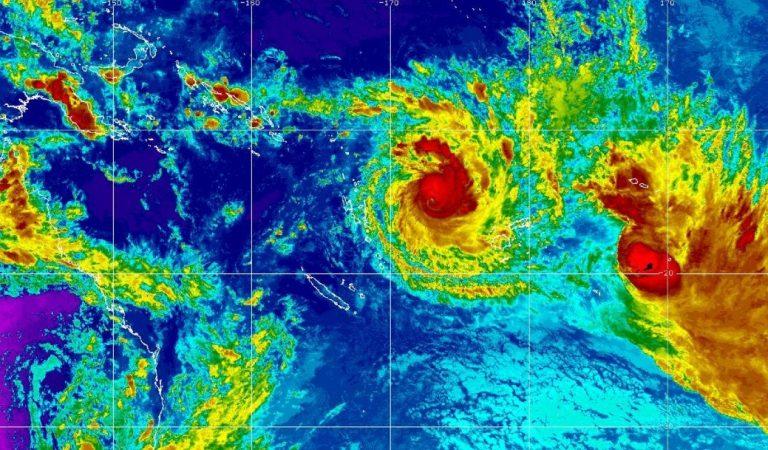 Fiyi se prepara para embate del ciclón Yasa, de categoría 5