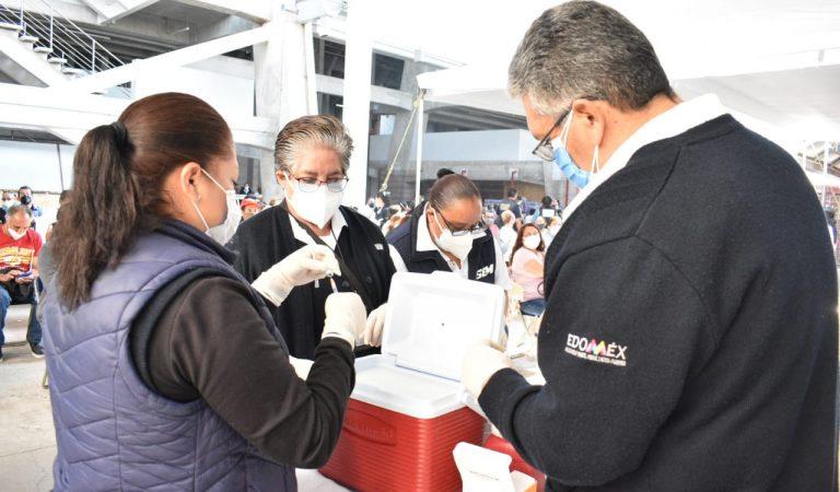 Comienza vacunación contra COVID a personas de los 50 a los 59 años en Toluca, Metepec y Huixquilucan