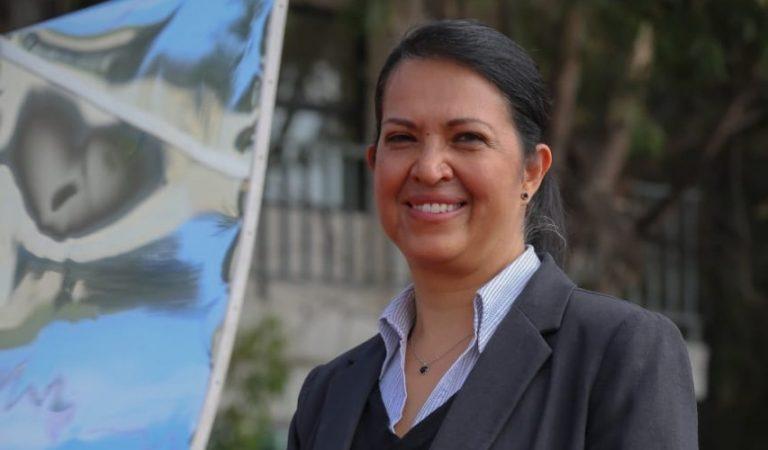 Miriam Sánchez, investigadora de la UAEM, creó dispositivo que acelera degradación de plásticos